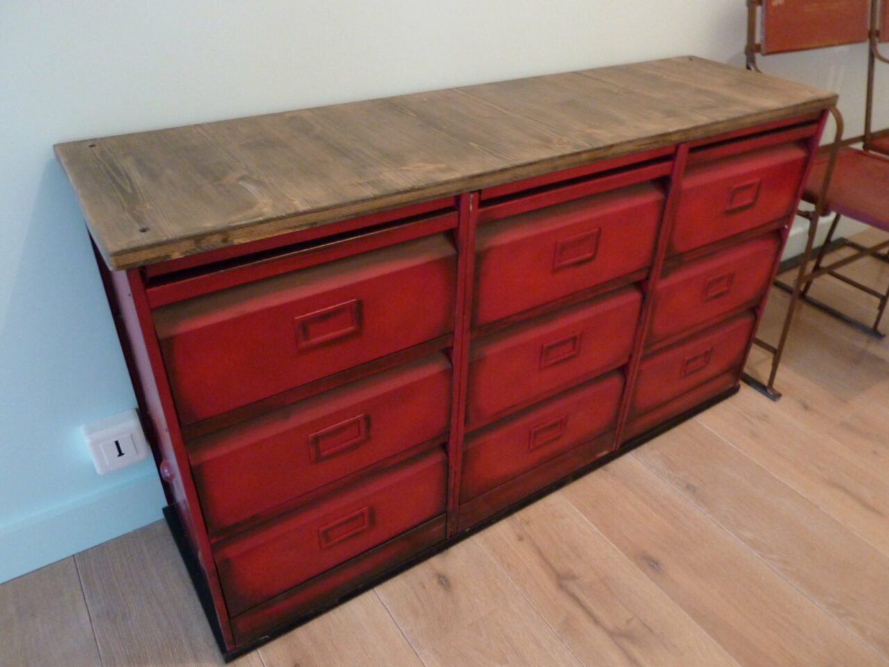 Enfilade 3x3 clapets rouge 1