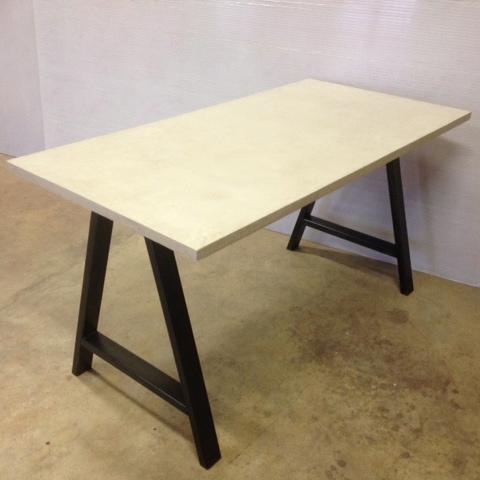 Table sur mesure en béton - Meubles industriel   Anna Colore ...