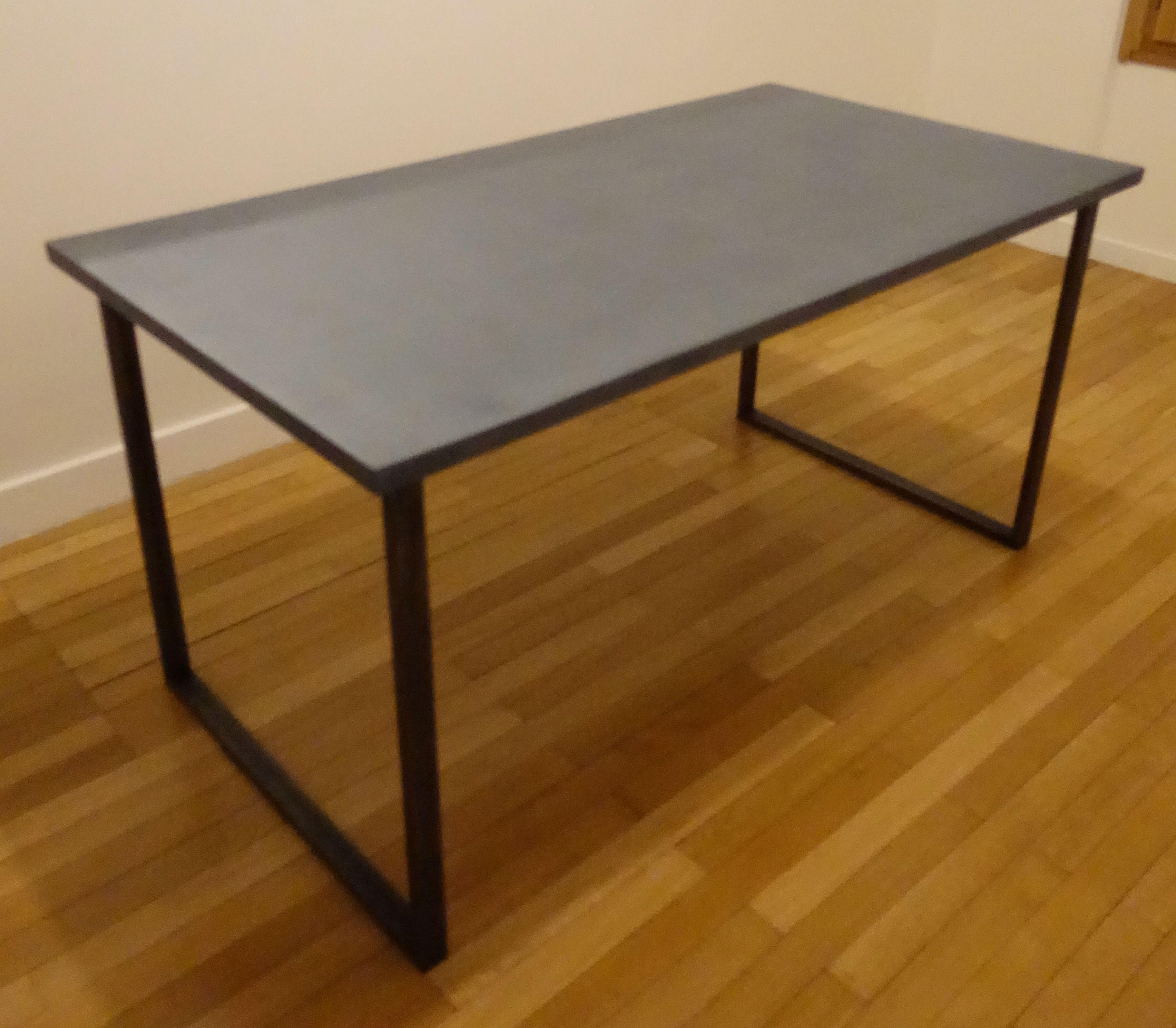 Table sur mesure en b ton meubles industriel anna - Table design sur mesure ...