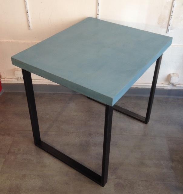 table béton ciré carré 2