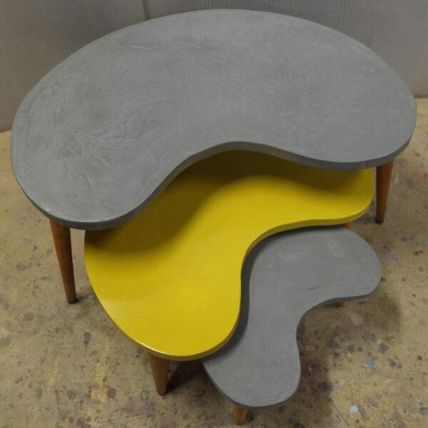 Table basse tripode gigogne sur mesure en béton et peinture style vintage mobilier industriel Anna colore industriale 7 rue Paul Bert 75011 Paris DSCF2582