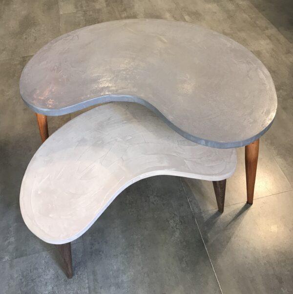 Table basse en béton sur mesure tables gigogne tables tripodes design italien Anna Farina fabriqués à Paris mobilier industriel vintage Anna colore industriale Banana-9