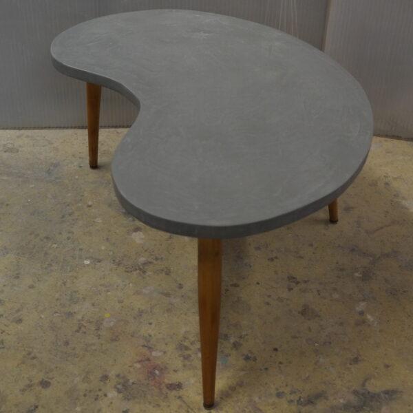 Tables basses en b ton sur mesure meubles industriel for Table basse sur mesure