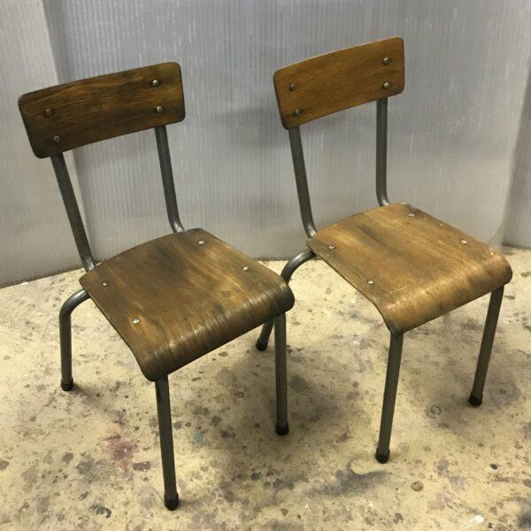chaise d'ecole maternelle anciennes mobilier industriel meuble d usine chaise tolix ancienne chaise industrielle ancienne mobilier industriel ancien-2