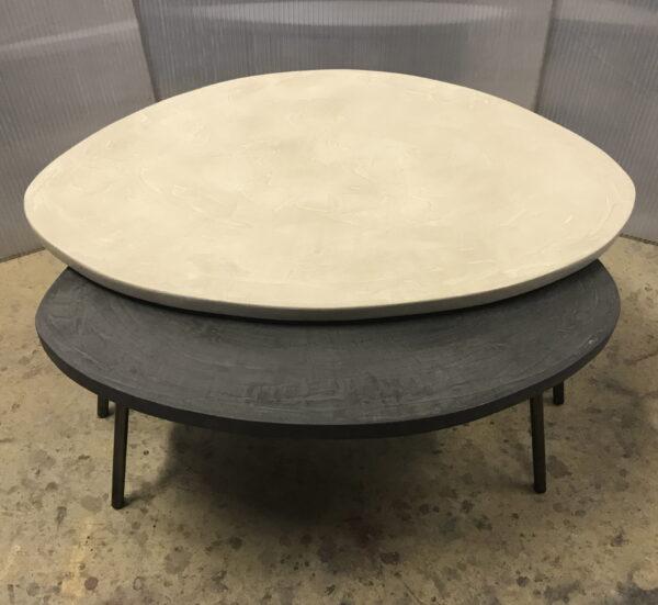 mobilier industriel table basse en béton sur mesure tables gigogne tables tripodes design italien fabrication française meuble d usine mobilier industriel vintage anna colore industriale -3