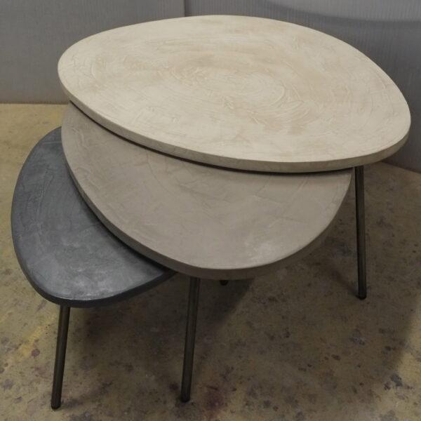 table basse en béton sur mesure tables gigogne tables tripodes design italien Anna Farina fabriqués à Paris mobilier industriel vintage Anna colore industriale-21