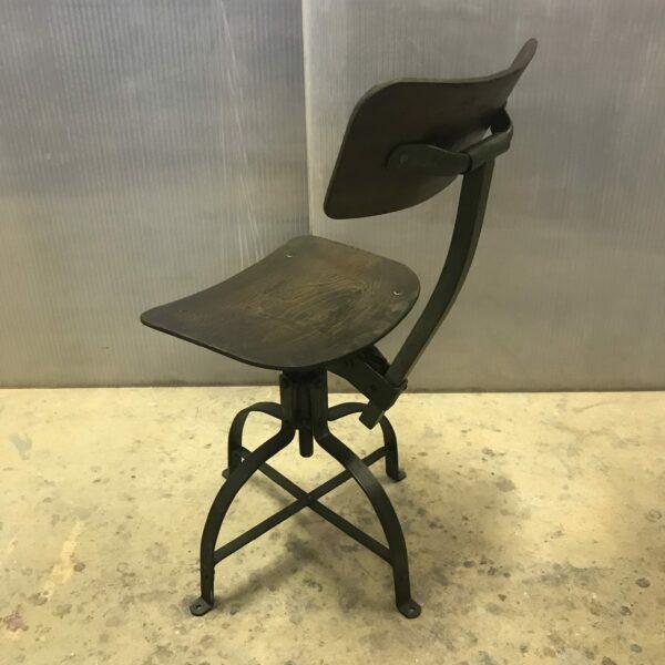 Chaise de metier Bienaise Anna colore industriale-7