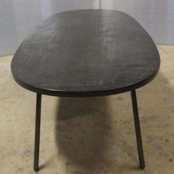 Table béton sur mesure DesignItalien Anna Farina fabrication artisanale pièce unique Anna Colore Industriale-46