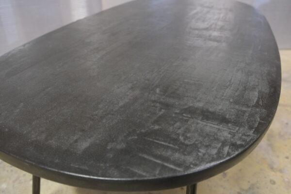 Table béton sur mesure DesignItalien Anna Farina fabrication artisanale pièce unique Anna Colore Industriale-74