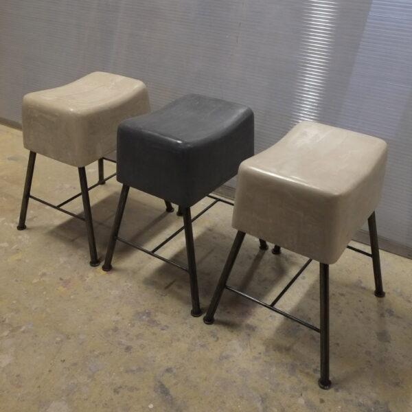 Tabouret béton et acier Anna colore industriale design Anna Farina-23