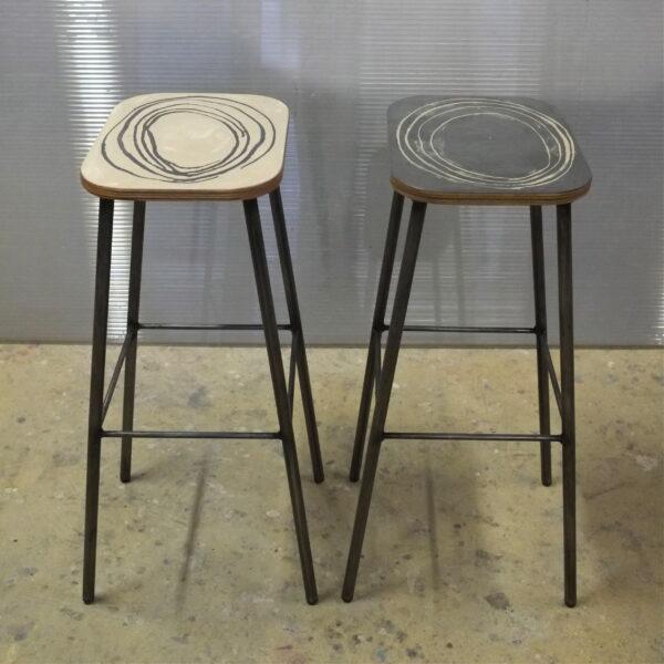 Tabouret en béton sur mesure concrete stool OKAPI MOBILIER INDUSTRIEL Design Italien Anna Farina fabrication artisanale pièce unique ANNA COLORE INDUSTRIALE-21