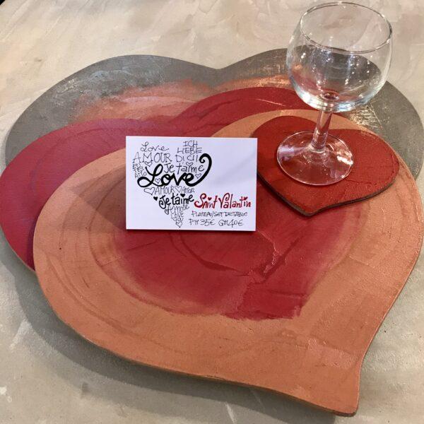Plateaux dessus de verre décoratif CŒUR SAINT VALINTIN bois béton art de la table Design Italien Anna Farina fabrication artisanale pièce unique ANNA COLORE INDUSTRIALE-11