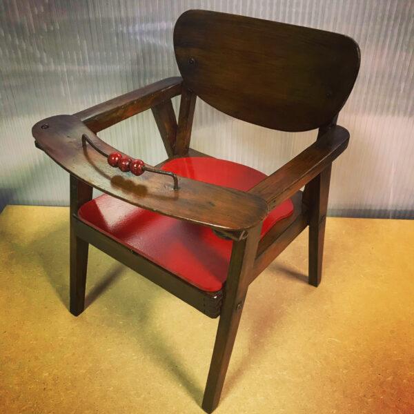 Petite chaise pot maternelle années 60 bois MOBILIER INDUSTRIEL ANNA COLORE INDUSTRIALE285749C4-7205-43F0-A2FF-2E97859482B0